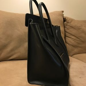 Celine Bags - Medium CELINE LUGGAGE TOTE (discontinued)